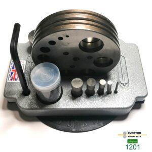 rankiniai-prietaisai-1201